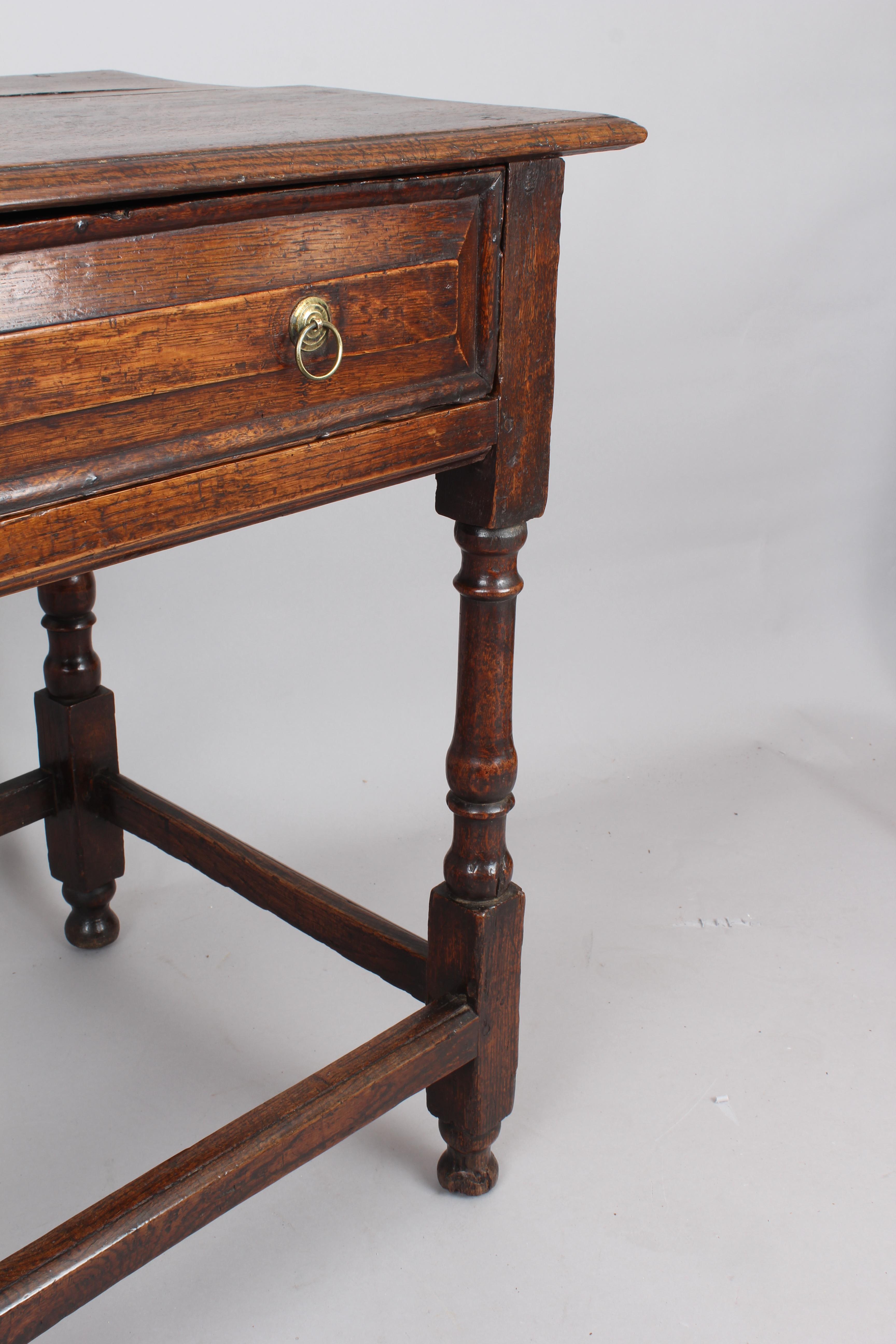 Oak Side Table: Early 18th Century Oak Side-table